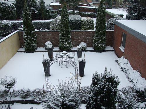 Schnee_Garten_1_2012-12-7