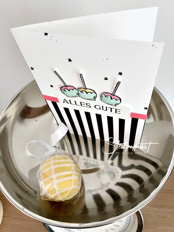 3-cake-pops