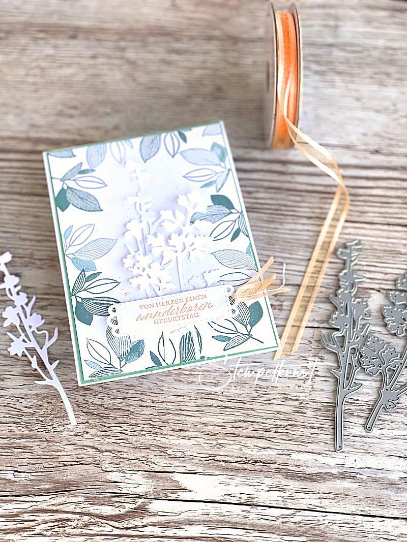 1#geburtstagskarte_seladon_papaya_wiese_celebrate with flowers_elegant gesagt